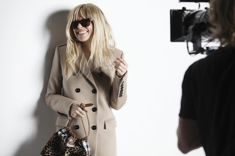 Behind-the-scenes-burberry