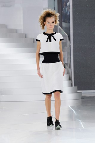 chanel-spring-summer-2014-haute-couture-looks-10