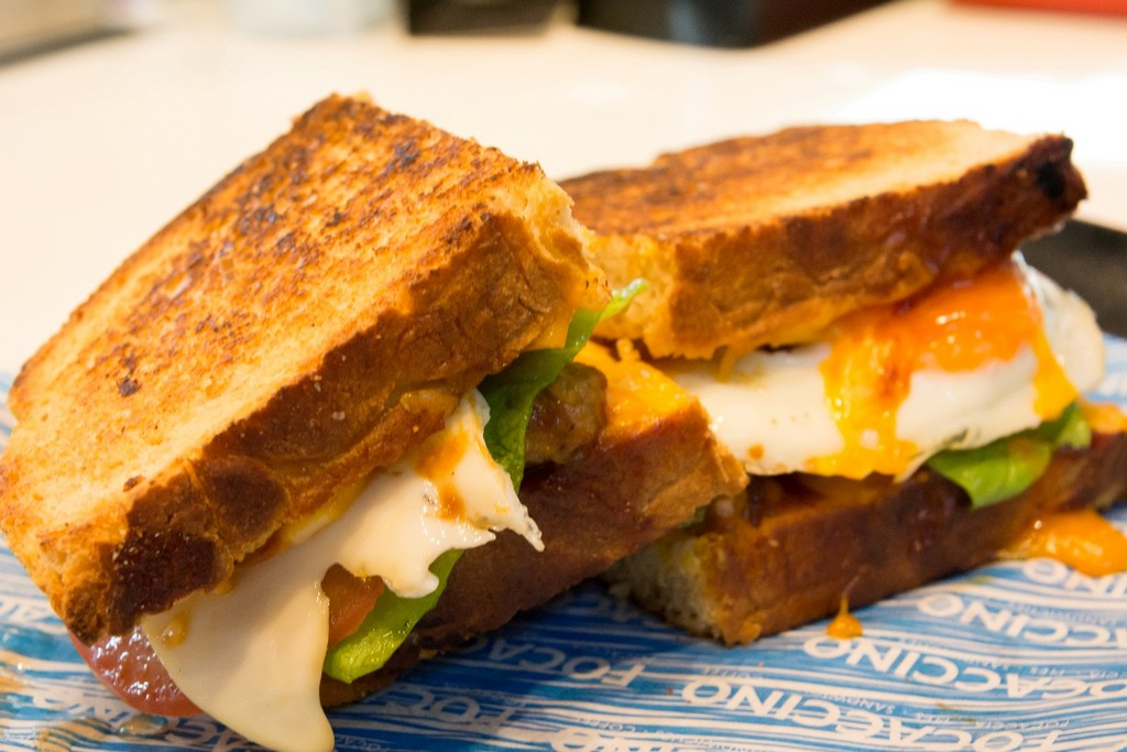 _FOCACCINO_ΠΡΩΙΝΟ_GRILLEDCHEESE(1)