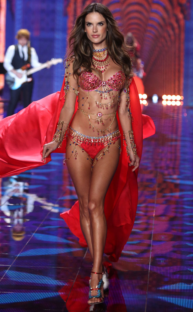 victorias-secret-fashion-show2