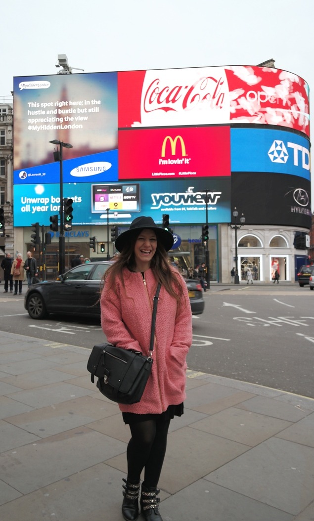 Picadilly Circus Outfit 2